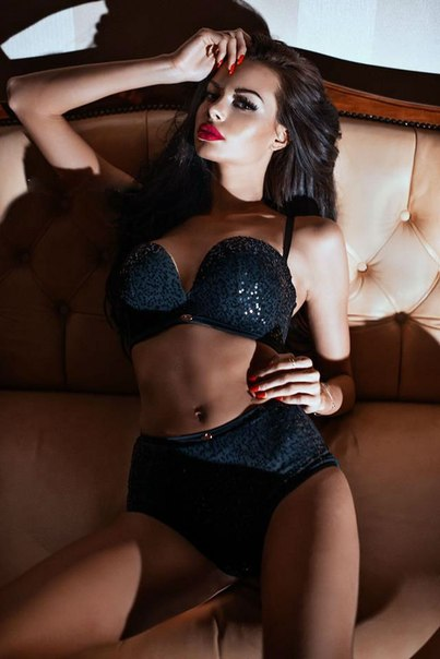 chicks high class escorts paris
